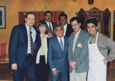 Toño de Valdés, Martha Carrillo, Capitán Albores, Héctor Suárez, Alexis Núñez y Carlos Eduardo Rico